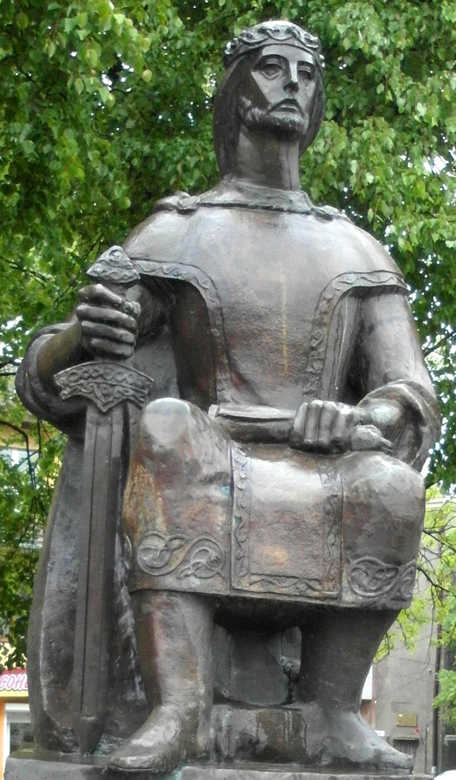 Данило Галицкий и другие очень немногие киевские князья удостоены памятников в Украине