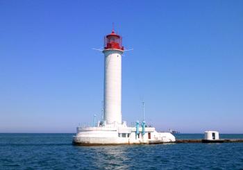 Воронцовський маяк - символ Одеси. Світлина - від ID-UA.